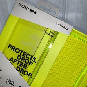 Tech 21 Neon Case *PERFECT CONDITION*